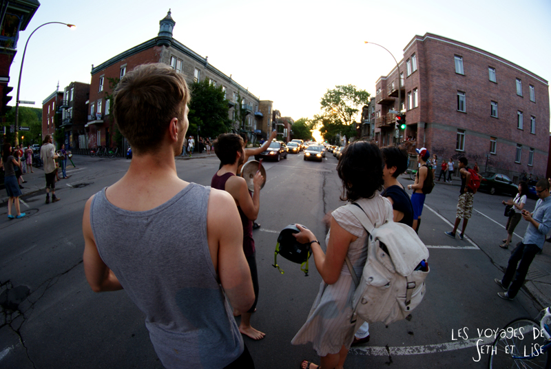manifestation casserole casseroles montreal canada blog pvt voyage charest loi 78 matraque calisse rues revolution