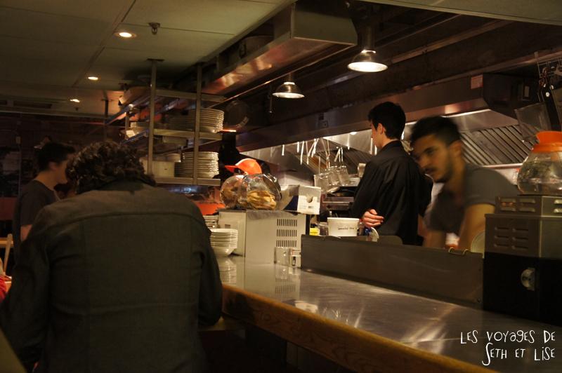 blog pvt tour du monde voyage whv montreal canada japan ramen food kitchen