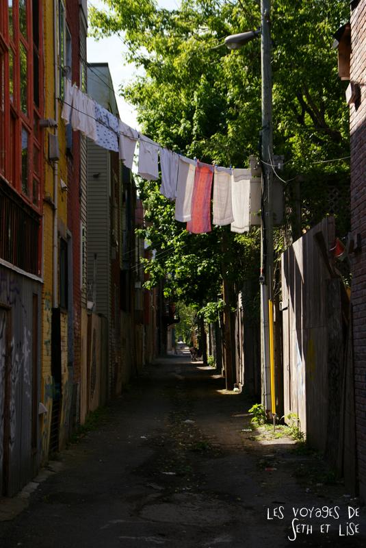 blog pvt canada montreal tour du monde voyage couple rue linge pendre italie