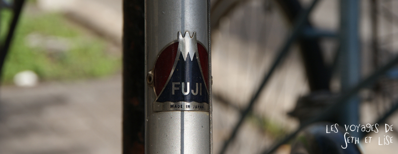 blog canada montreal voyage pvt insolite drole velo fixie hipster bike fuji japan logo