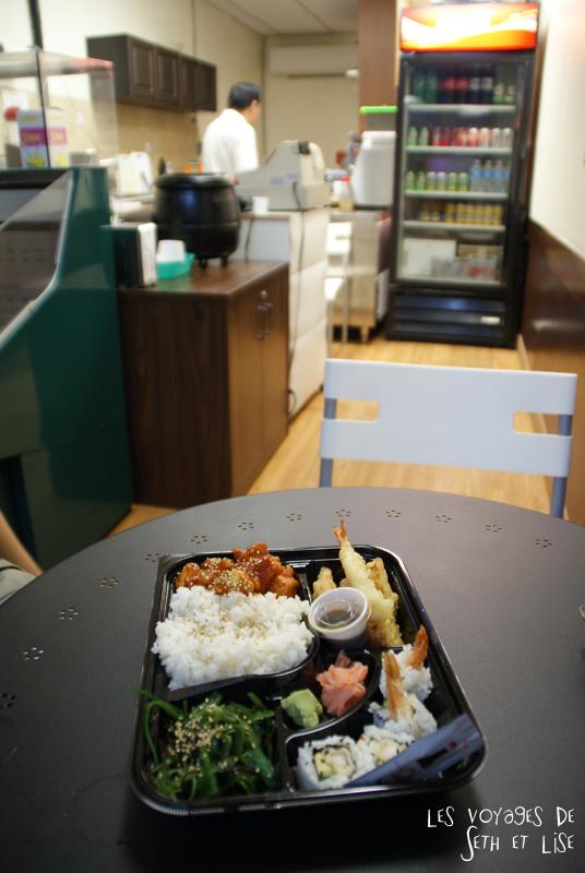 blog canada toronto pvt voyage whv backpack bento asian sushi