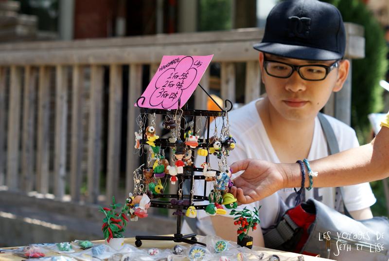 blog voyage canada pvt toronto kensington pedestrian market hippie chill bijoux fimo figurine jewellery portrait