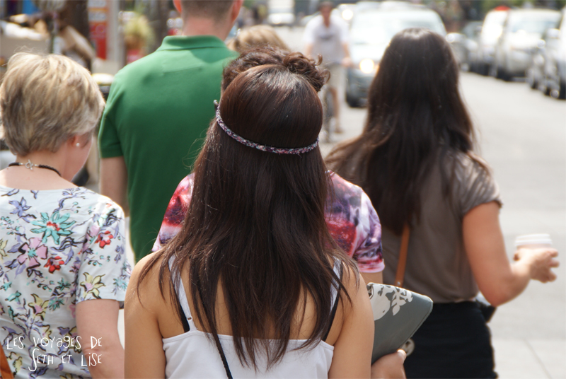 blog voyage toronto canada pvt montreal people portrait photo headband couronne crown cute girl hair coiffure