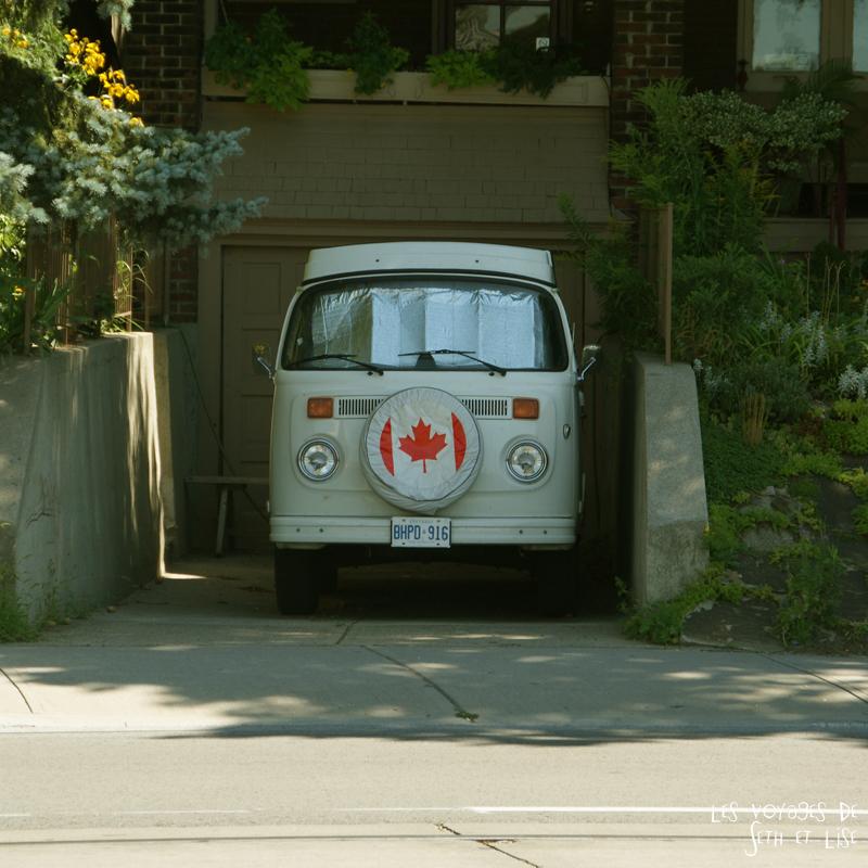 blog voyage canada toronto pvt humour van flag car roadtrip
